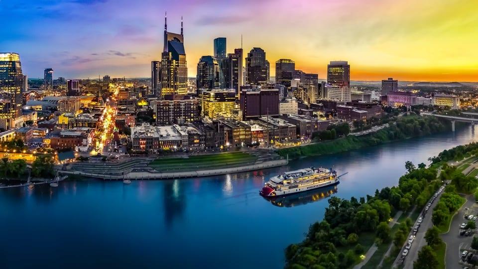 3 Ways to Save Energy in a Hot Nashville Summer - Victory Lights - Nashville Lighting Supply, LED Warehouse Lighting, Office Lighting, LED Sports Lighting, Church Lighting, & more - LED L   Nashville, TN